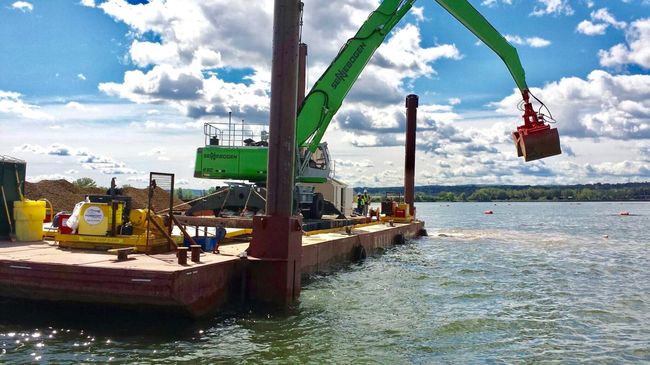 BARGES & TUGS FOR CHARTER | SCRUTON MARINE