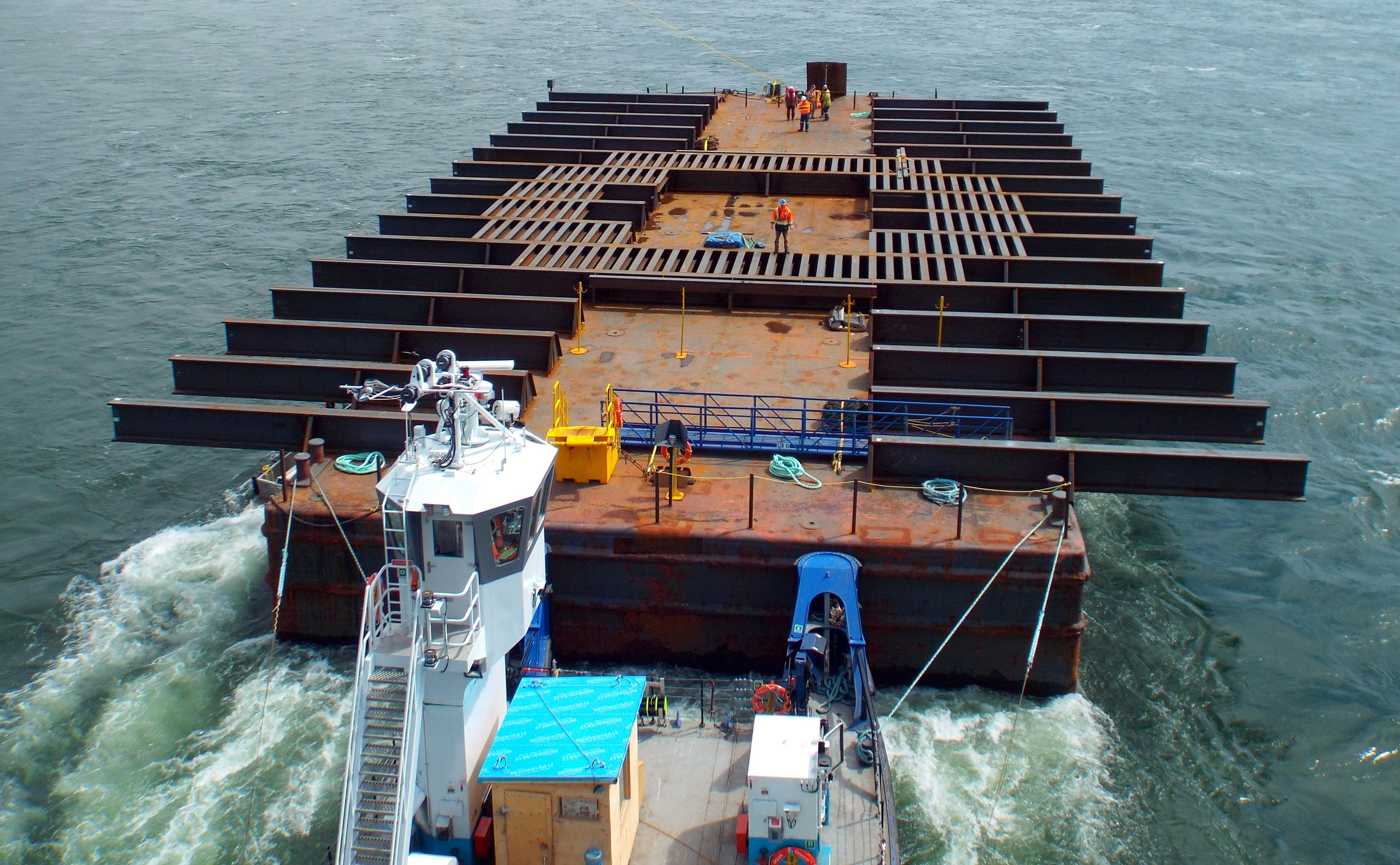 BARGES   SCRUTON MARINE   Page 4
